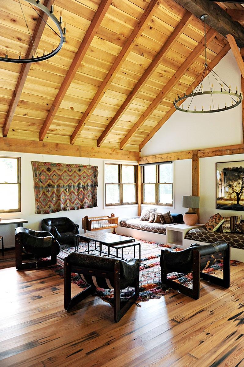 Barn Apartment - Loren Wood Builders