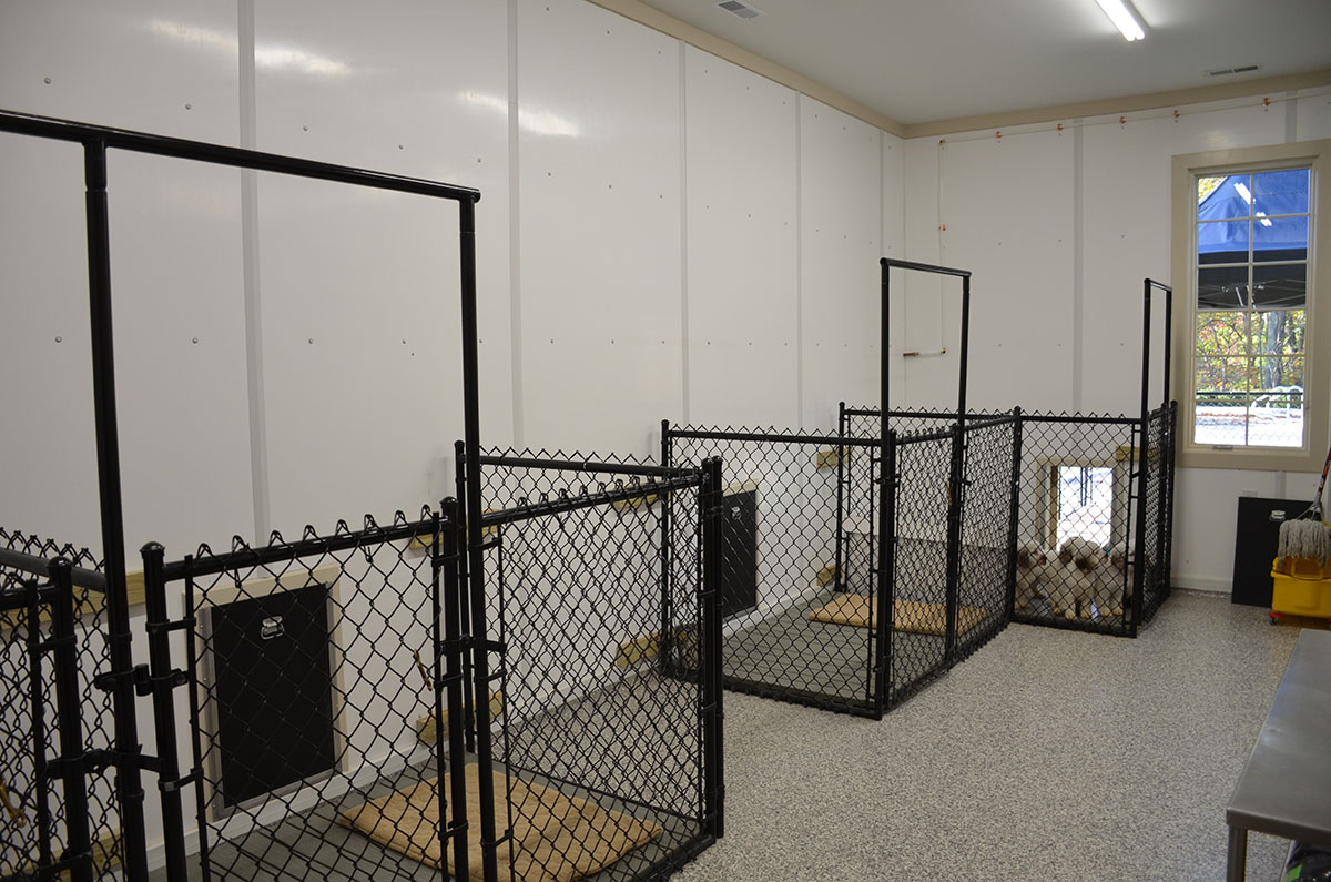 Johnson Kennels Loren Wood Builders